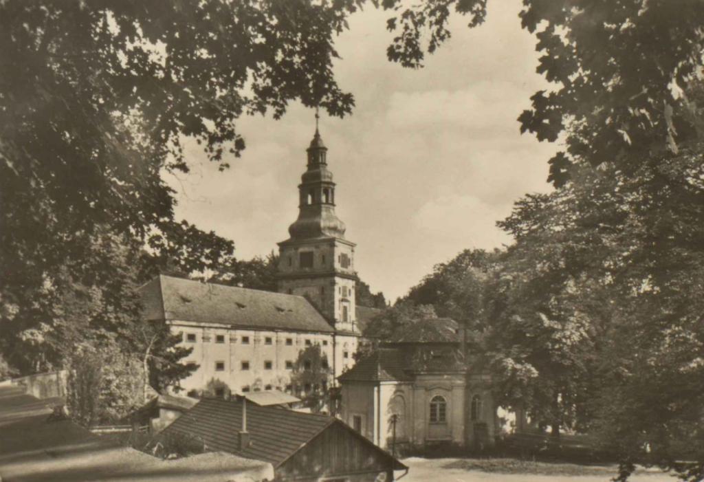 Plasy, sídlo slavného kláštera a knížete Metternicha